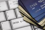 Jak należy zachowywać się płacąc w Internecie? [© creative_vibes - Fotolia.com]