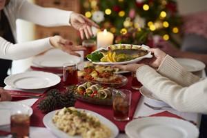 Jak nie przytyć podczas Świąt - zobacz 5 prostych rad [Wigilia, gpointstudio - Fotolia.com]