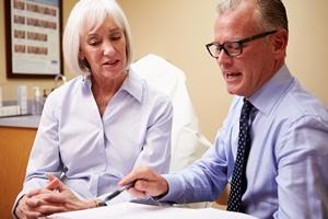 Jak obniżyć ciśnienie? Trzeba mieć dobre relacje ze swoim lekarzem [© Monkey Business - Fotolia.com]