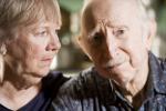 Jak poznać, że starsi rodzice potrzebują stałej opieki? [© Scott Griessel - Fotolia.com]