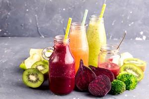 Jak przechowywać pożywienie, aby minimalizować straty witaminy C? [© katekrsk - Fotolia.com]