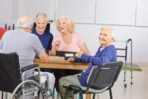 Jak przygotować starszą osobą na zamieszkanie w domu opieki? [Fot. Robert Kneschke - Fotolia.com]