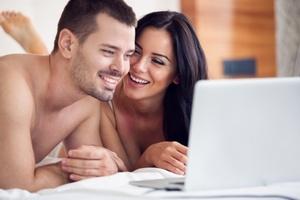 Jak romantyczne i erotyczne filmy wpływają na libido? [© Igor Mojzes - Fotolia.com]