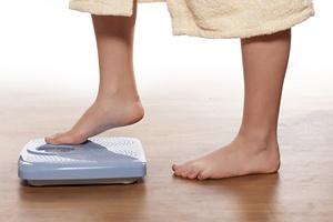 Jak się odchudzać? Trzeba ważyć się codziennie [©  vladimirfloyd - Fotolia.com]