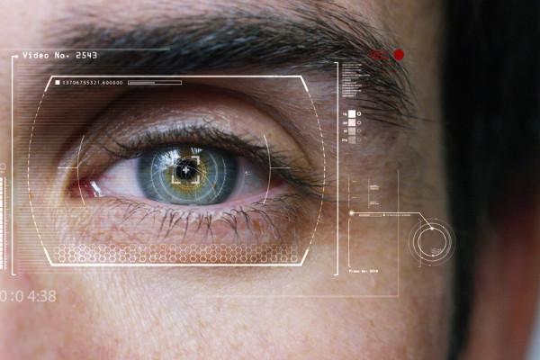 Jak sprawdzić, czy ktoś nas słucha: wszystko widać w oczach [Fot. HQUALITY - Fotolia.com]