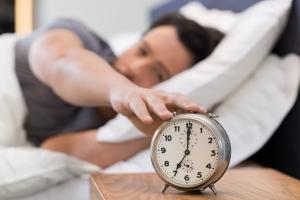 Jak sprawnie wstawać rano i nie być zmęczonym w ciągu dnia [Fot. Rido - Fotolia.com]