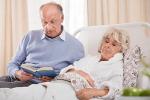 Jak szybko wrócić do zdrowia po operacji? Trzeba mieć wspólmałżonka [© Photographee.eu - Fotolia.com]