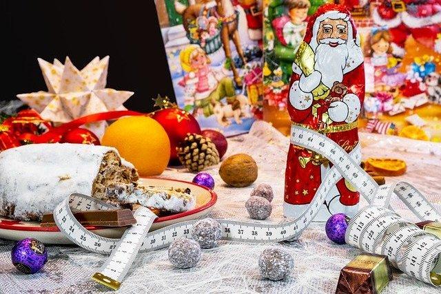 Jak uniknąć przybierania na wadze w okresie świąteczno-noworocznym? [fot. Bruno /Germany from Pixabay]