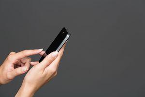 Jak ustrzec się SMS-owych oszustów [© Amir Kaljikovic - Fotolia.com]