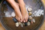 Jak walczyć ze zmęczeniem nóg? [© Ye Liew - Fotolia.com]