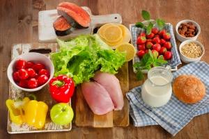 Jak wybrać dietę? Przeczytaj, zanim się na którąś zdecydujesz [Fot. bit24 - Fotolia.com]