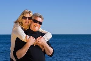 Jak wybrać okulary przeciwsłoneczne? Ochrona ważniejsza od mody [© Amos Struck - Fotolia.com]