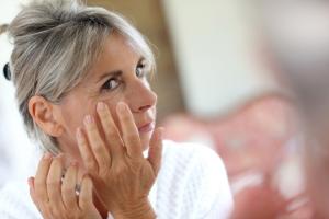 Jak zadbać o skórę w okresie menopauzy? [Fot. goodluz - Fotolia.com]