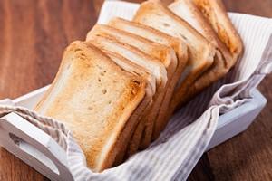 Jak zmniejszyć apetyt: trzeba jeść to, co chrupiące [© Gresei - Fotolia.com]