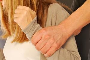 Jedna na trzy kobiety doświadcza przemocy. Najczęściej od partnera [© francovolpato - Fotolia.com]