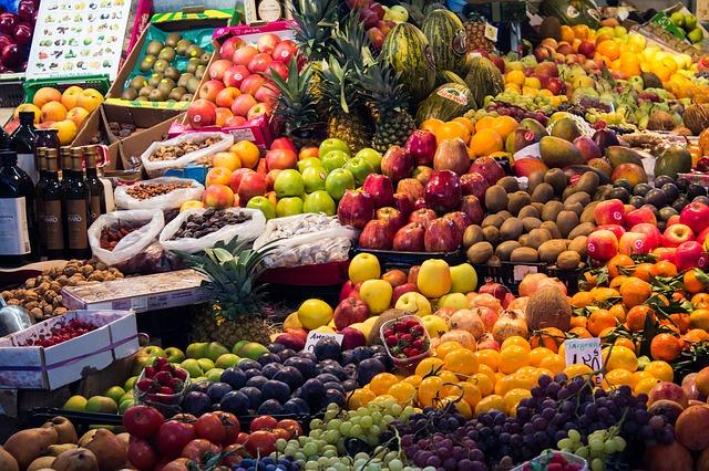 Jedz kolorowo, to powstrzyma osłabienie poznawcze [fot. Laura Montagnani from Pixabay]