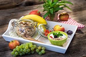Jedz śniadania. Zwalczysz otyłość [Śniadanie, © Daniel Vincek - Fotolia.com]