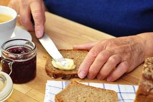 Jedz śniadanie! Najlepiej zdrowe i w gronie bliskich [© Printemps - Fotolia.com]
