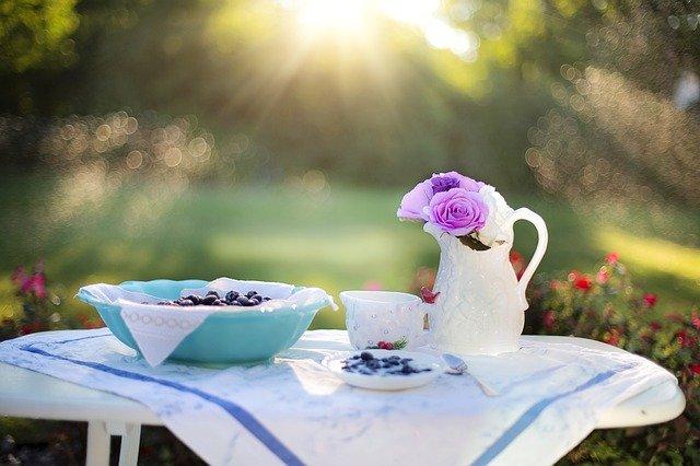 Jedzenie o wczesnych porach nie pomoże schudnąć [fot. Jill Wellington from Pixabay]