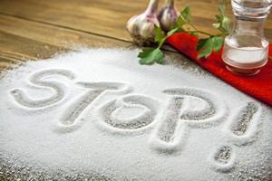 Jemy za dużo soli: zagrożone zdrowie [© hriana - Fotolia.com]