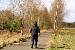 Jesienią nie rezygnuj z aktywności fizycznej [© Ilan Amith - Fotolia.com]