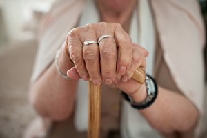 Jeśli wierzysz w stereotypy o starości, nie możesz liczyć na długowieczność [Starość, © Cherries - Fotolia.com]