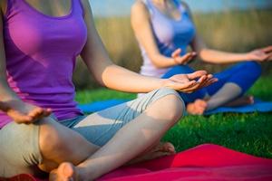 Joga i medytacja pomagają pacjentkom z rakiem piersi [© andreusK - Fotolia.com]