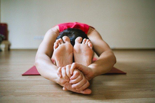 Joga osłabia objawy u pacjentów z migotaniem przedsionków [fot. Jenia Nebolsina from Pixabay]