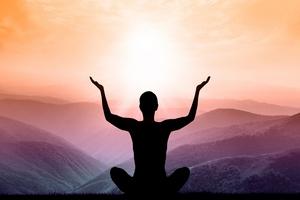 Jogiczna medytacja sposobem na stres u opiekunów chorych z demencją [© Catwoman - Fotolia.com]