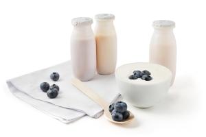 Jogurt zmniejszy ryzyko chorób serca [Fot. Mny-Jhee - Fotolia.com]