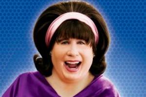 """John Travolta """"kobiecość ma we krwi"""". I lubi krągłości [John Travolta, fot. Lakier do włosów]"""