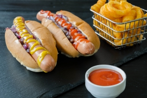 Junk food (śmieciowe jedzenie) - kilka niepokojących faktów [Fot. PhotoEd - Fotolia.com]