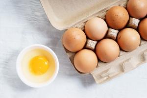 Już jedno jajko dziennie zmniejsza ryzyko chorób serca i udaru [Fot. shersor - Fotolia.com]