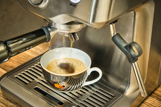 Kawa chroni przed przedwczesną śmiercią [fot. Jens Zieschank from Pixabay]