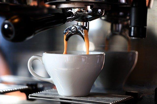 Kawa ochroni przed niewydolnością serca? [fot. Soner Köse from Pixabay]
