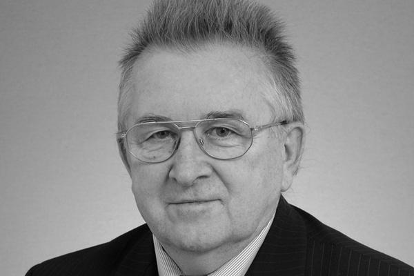 Kazimiertz Kutz, fot. Kancelaria Senatu RP, CC BY-SA 3.0 pl, Wikimedia Commons