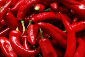 Klucz do długowieczności - warzywa i pasta chili [© Vladimir Gerasimov - Fotolia.com]