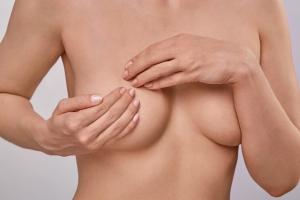Kobiece nowotwory: co warto o nich wiedzieć. Profilaktyka, samokontrola, czynniki ryzyka [Fot. YURII MASLAK - Fotolia.com]