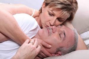 Kobiety po menopauzie aktywne seksualnie - amerykańskie badania [© auremar - Fotolia.com]