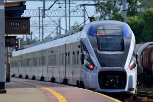 Koleje: trzech przewoźników na jednym bilecie [Fot. whitelook - Fotolia.com]