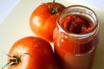 Koncentrat pomidorowy i ketchup - (prawie) samo zdrowie [© Katarzyna Krawiec - Fotolia.com]