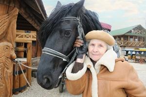 """Kontakt z końmi """"lekiem"""" dla pacjentów z chorobą Alzheimera?  [© gb - Fotolia.com]"""