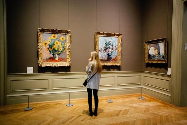 Kontakt ze sztuką może przedłużyć życie [fot. StockSnap z Pixabay]