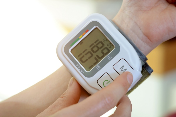 Kontroluj ciśnienie krwi. Dzięki temu możesz dłużej żyć [Fot. Dan Race - Fotolia.com]