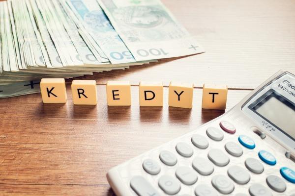 Kredyt konsolidacyjny - sposób na uniknięcie spirali długów? [Fot. Karolina Chaberek - Fotolia.com]