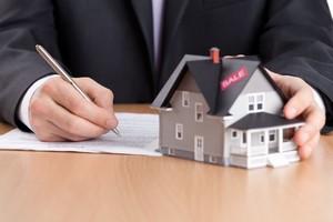 Kredyt mieszkaniowy: najważniejsze pojęcia [© Karramba Production - Fotolia.com]