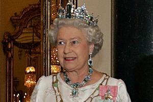 """Królowa Elżbieta II uwielbia piosenkę """"Dancing Queen"""" [Królowa Elżbieta II, fot. Ricardo Stuckert, CC BY 3.0 br, Wikimedia Commons]"""