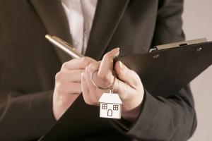 Kupujesz mieszkanie? Sprawdź wiarygodność dewelopera [Fot. Fabio Balbi - Fotolia.com]