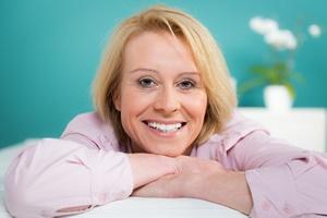 Ładny i zdrowy uśmiech. 5 faktów o zdrowiu zębów i dziąseł [© Picture-Factory - Fotolia.com]
