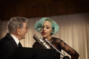 Lady Gaga, Stevie Wonder, Bruce Willis, Kevin Spacey i Homer Simpson świętują urodziny Tony'ego Bennetta [Tony Bennett i Lady GaGa fot. Sony Music]